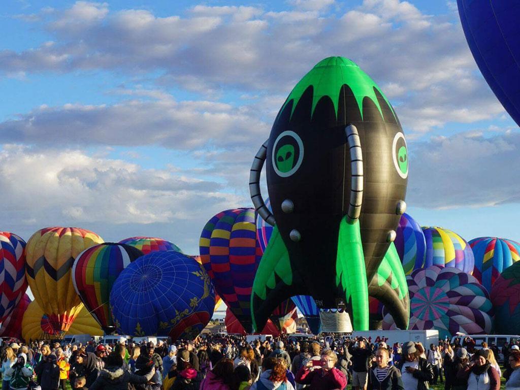 Special Shape Hot Air Balloons - Ottawa Hot Air Balloon Rides